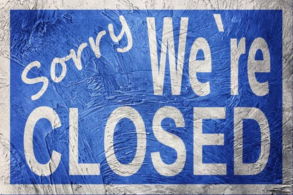 canva-vintage-style-sorry-we're-closed-sign.-MAC7TbWnzNI.jpg